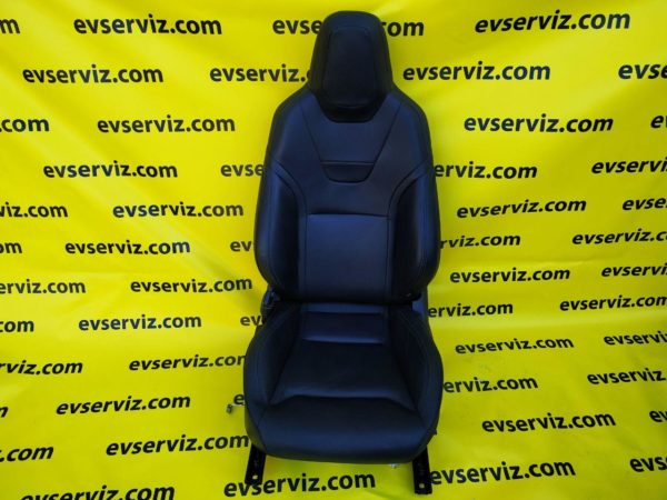 Водительское кресло в сборе левое
