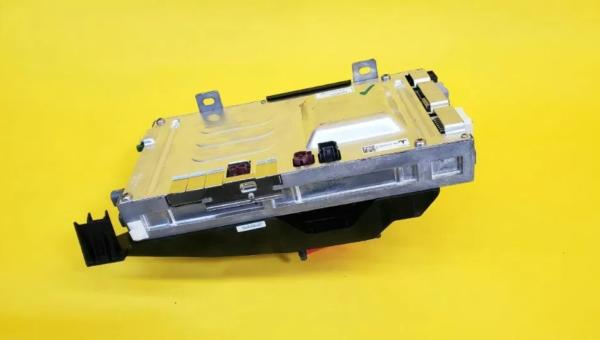 Компьютер автомобиля REV01
