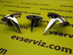 """Знак """"Т"""" переднего бампера NEW Tesla S"""